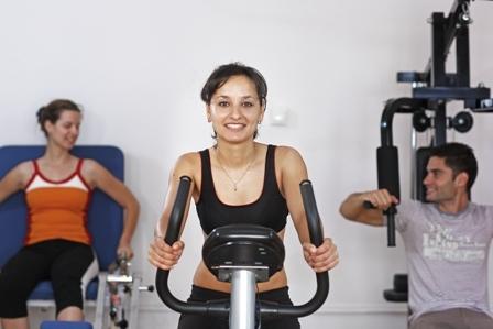 Antrenament fizic la aparate | Centrul Medical Recumed -  Clinica de Recuperare  Medicala